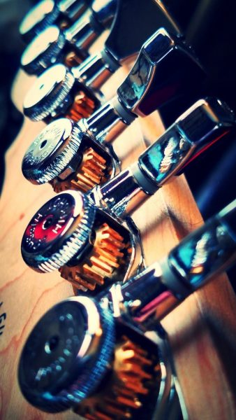Hipshot Grip-Lock Locking Tuners for guitar
