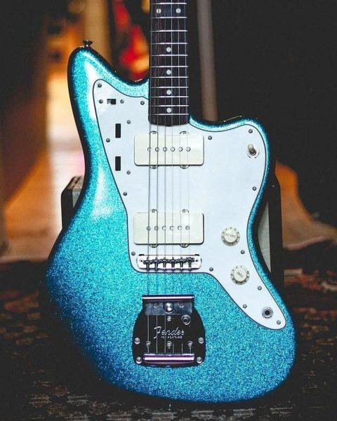 Fender Offset (Jaguar, Jazzmaster) Worship