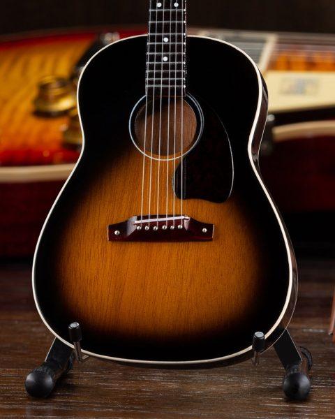 Axe Heaven Gibson J-45 Vintage Sunburst Mini Guitar Collectible