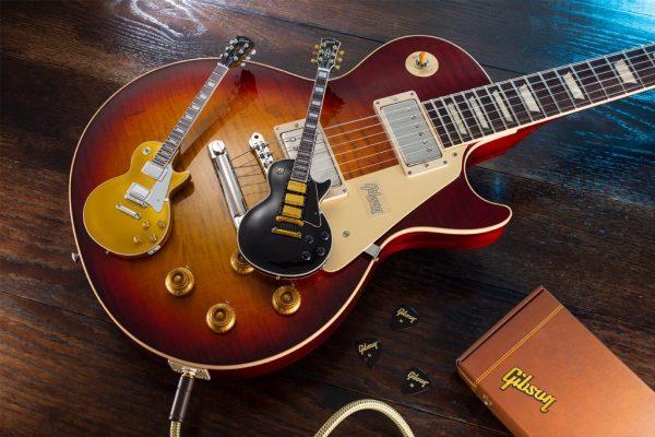 Axe Heaven Gibson Les Paul Ebony Mini Guitar Collectible Miniature Guitars